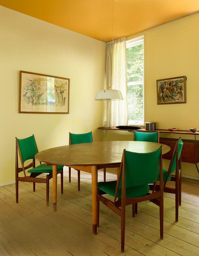 salle à manger table ovale en bois judas table chaise egyptian ...