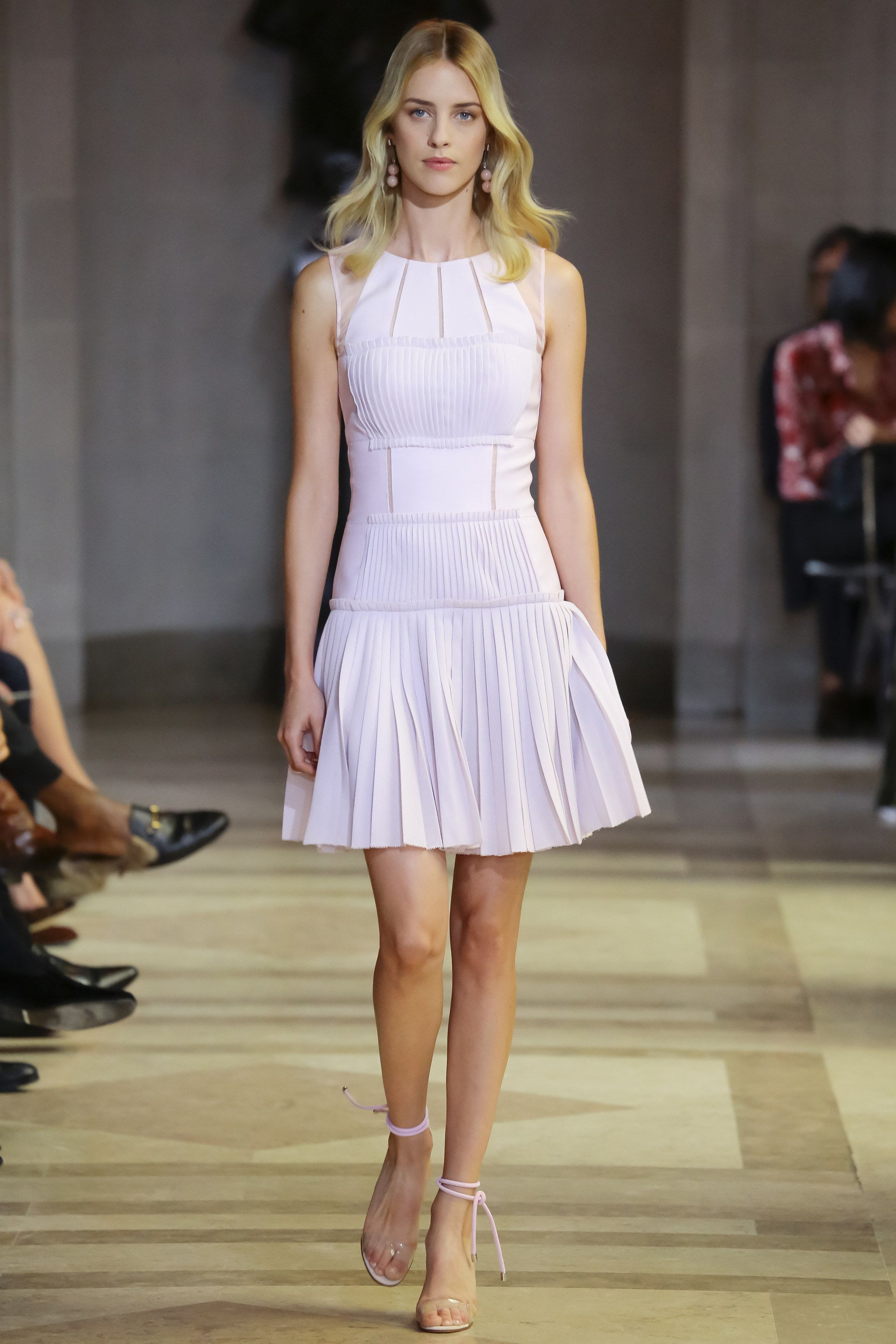 Carolina Herrera Spring 2016 Ready-to-Wear Fashion Show - Julia Frauche