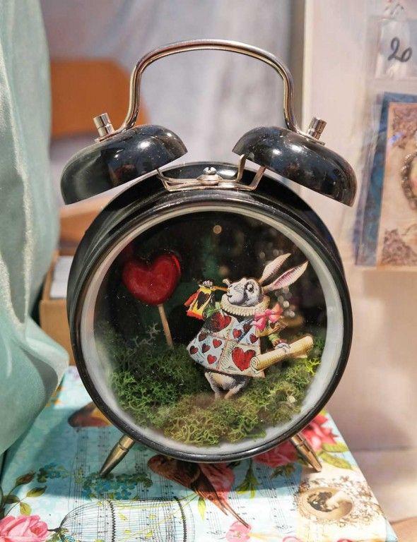 Sveglia Alice in wonderland
