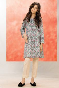 5009cfaf93d Kayseria Best Winter Dresses Collection 2018-19 for Women & Little Girls | winter  dresses | Winter dresses, Girls dresses sewing, Fashion dresses