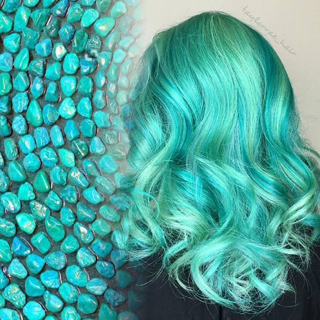 WEBSTA @ hotonbeauty -  Turquoise  by @taylorrae_hair #hotonbeauty....#turquoisehair #hairpainting #gemstonehair #hairinspo