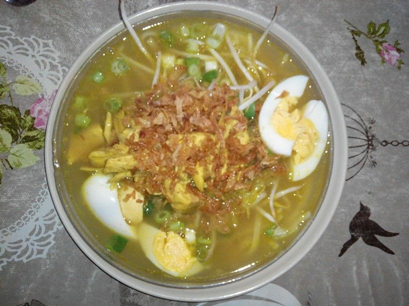 Soto Ayam > Indonesian Chicken Soup