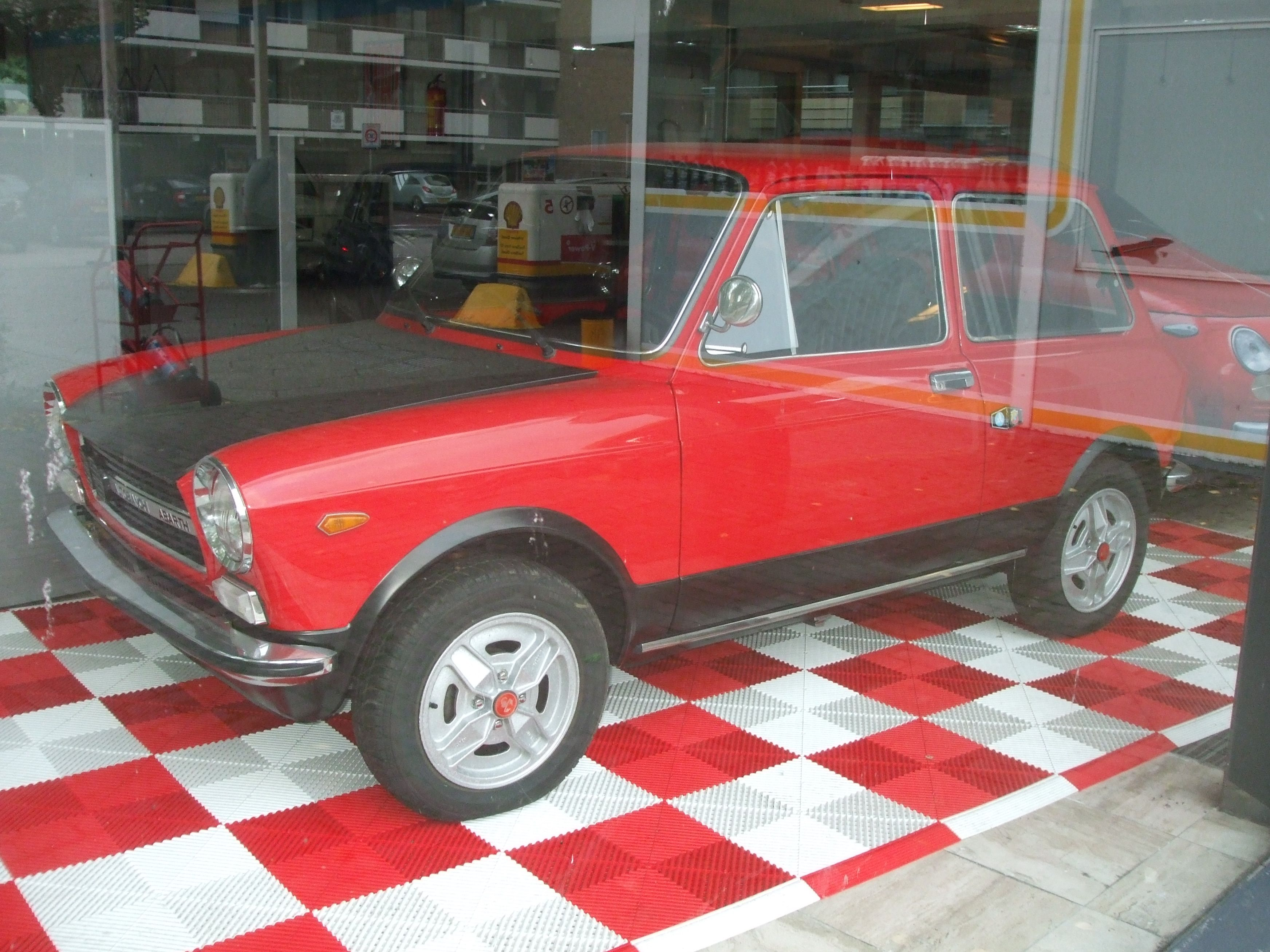 old car in showroom | special cars / vans and vehikels | Pinterest ...