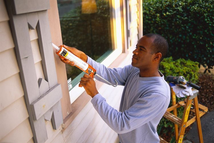 9 Home Repairs You Shouldn't Put Off