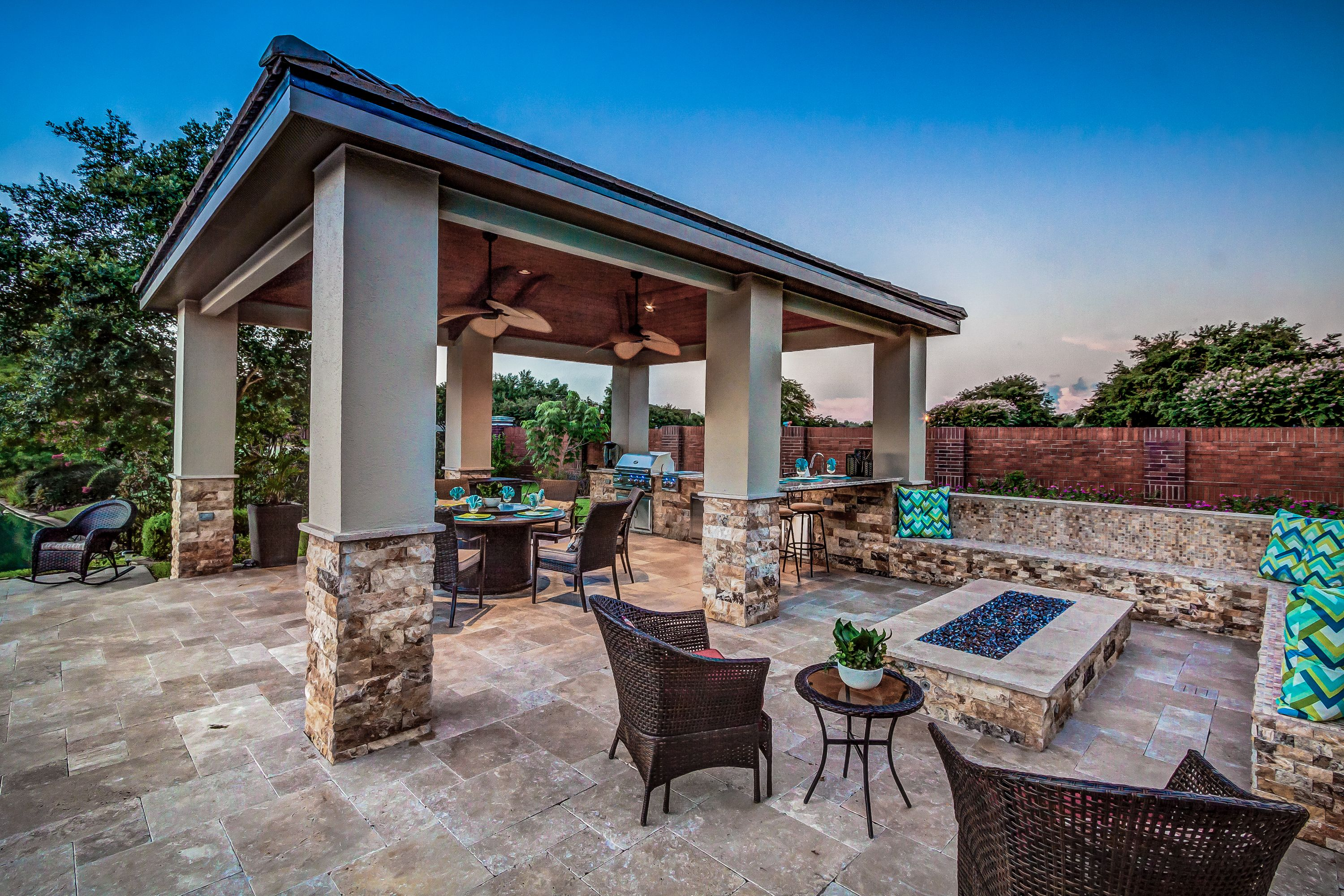 Our custom outdoor kitchens are designed and built to last ... on Platinum Outdoor Living id=67767