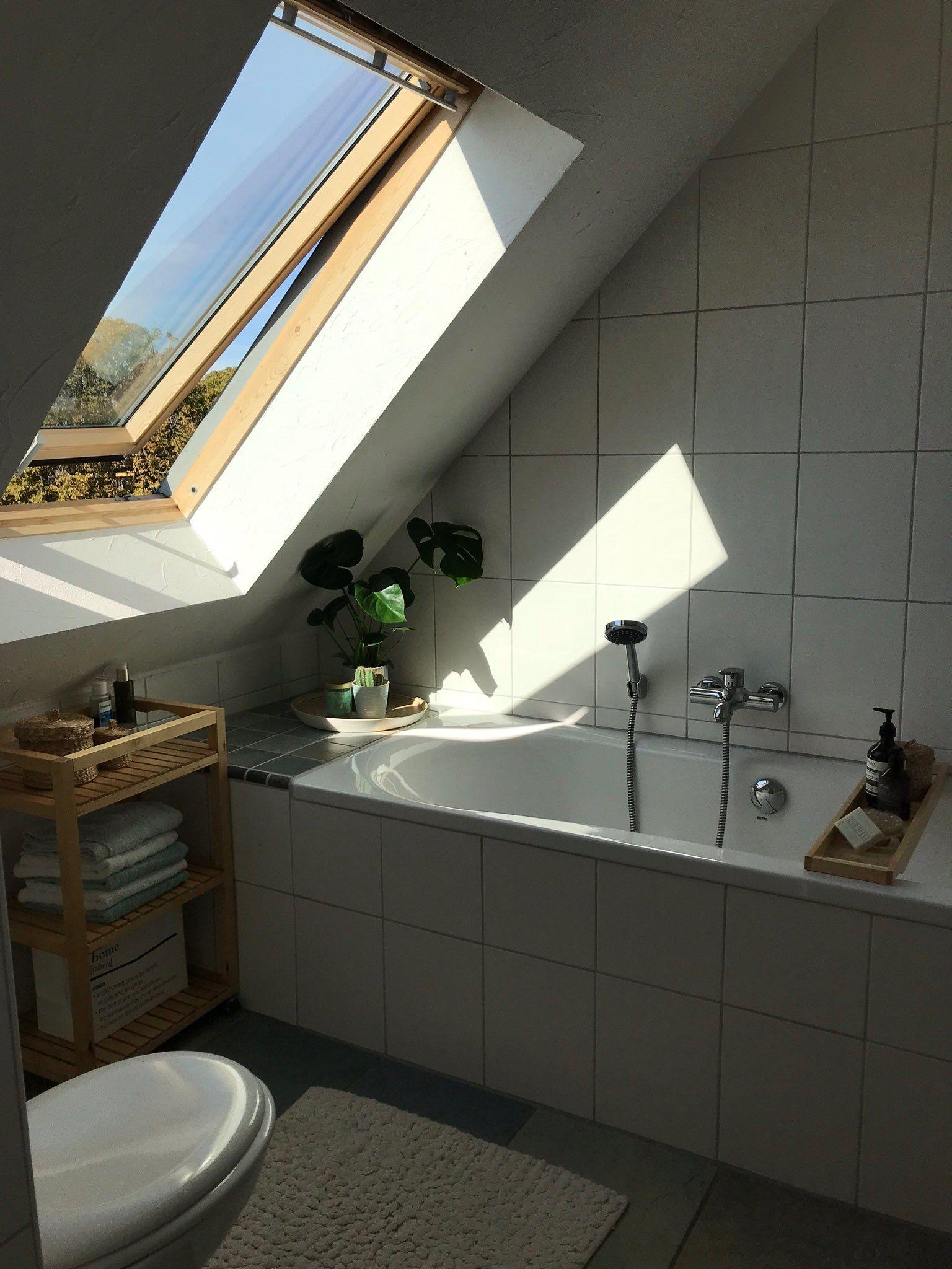 Schones Badezimmer In Dachgeschosswohnung Schone Badezimmer Wohnung Dachgeschosswohnung