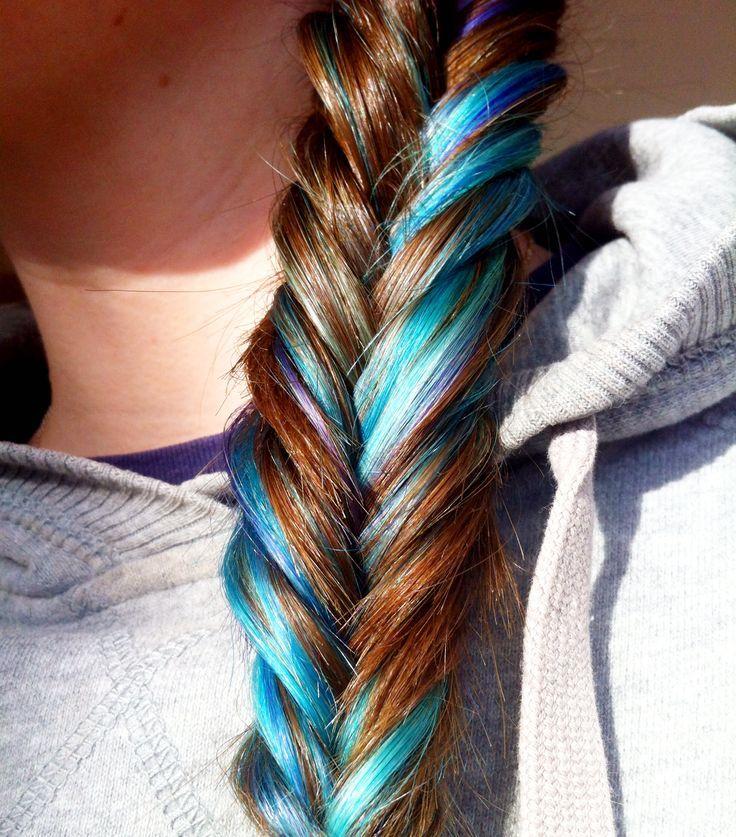 Pin by ввуgяℓ ríαnnє on hair Blue hair underneath