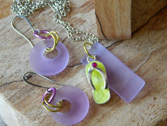Check out this item in my Etsy shop https://www.etsy.com/listing/387419426/lavender-glass-jewelry-set-earring