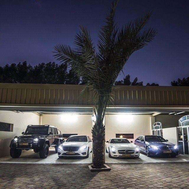Mercedes benz dream garage mbphotocredit gfwilliams mercedes benz gclass g63 6x6 sclass - Garage mercedes nanterre ...