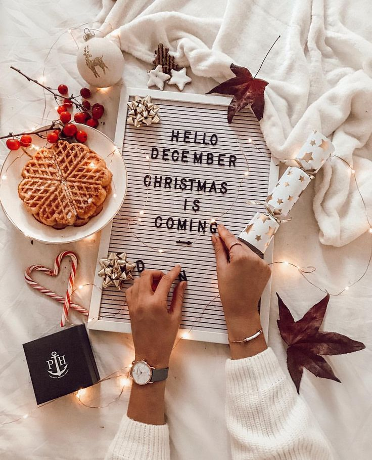 Werbung hello december ️ christmas is coming � passend dazu könnt ihr b..., #Christmas #Chr...