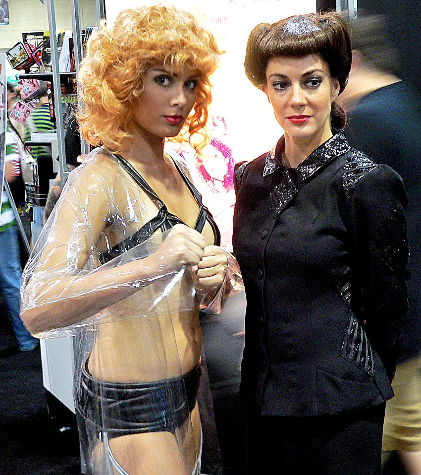 blade runner cosplay zhora and rachel hallowe en costumes blade runner cosplay zhora and rachel