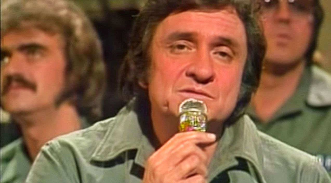 Johnny Cash & Statler Brothers Give Haunting Performance Of \'Blue ...