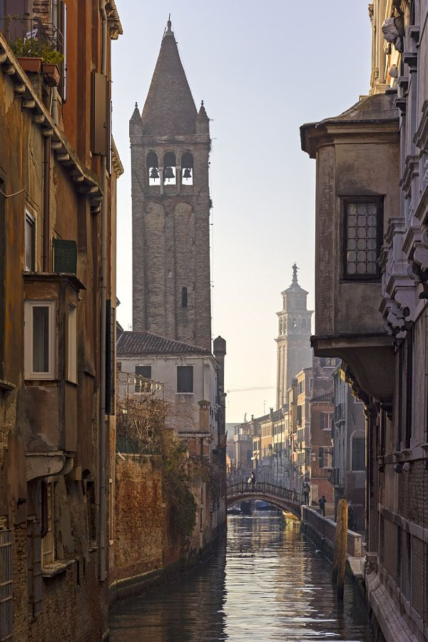 Photo of View into a small canal in Venice. by Christina Hanck – Photo 289341175 / 500px