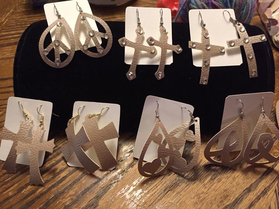 2 White Faux Leather 5 Pair Hoop Earrings Displays