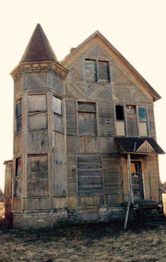 Upstate New York Creepy Old Houses