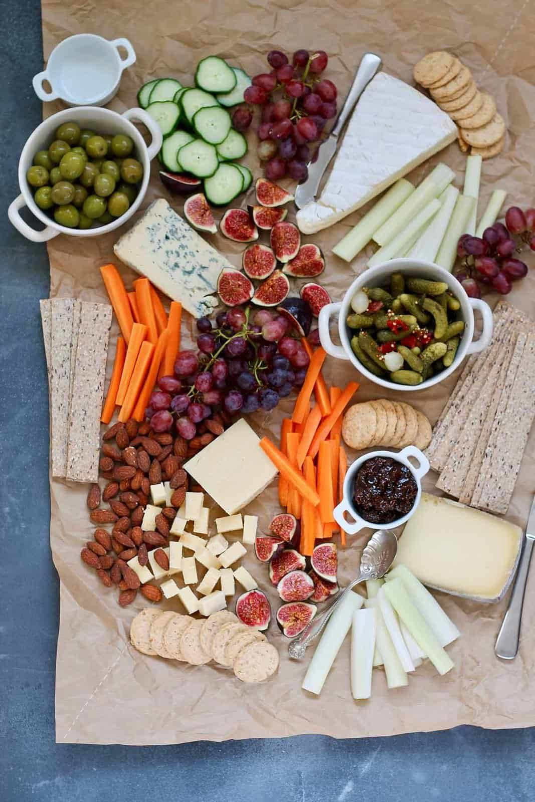 How To Make A Vegetarian Cheese Board In 2020 Vegetarian Cheese Boards Tasty Vegetarian Recipes Vegetarian Cheese