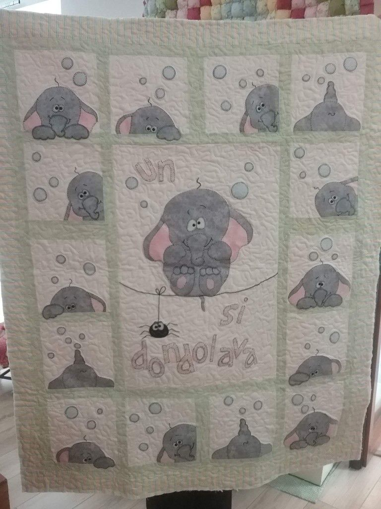 Pin By Stitchhobby On Quilts Elephant Quilt Baby Quilt Patterns Elephant Quilts Pattern