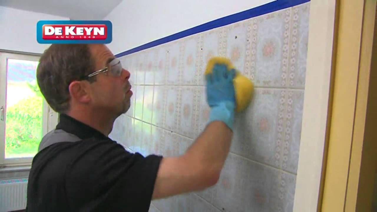 Remettre un carrelage au go t du jour peindre carrelages - Comment peindre carrelage salle de bain ...