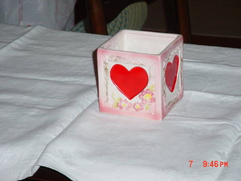 GIFTWARES CO NANCY PEW HEART SQUARE PLANTER #T5501