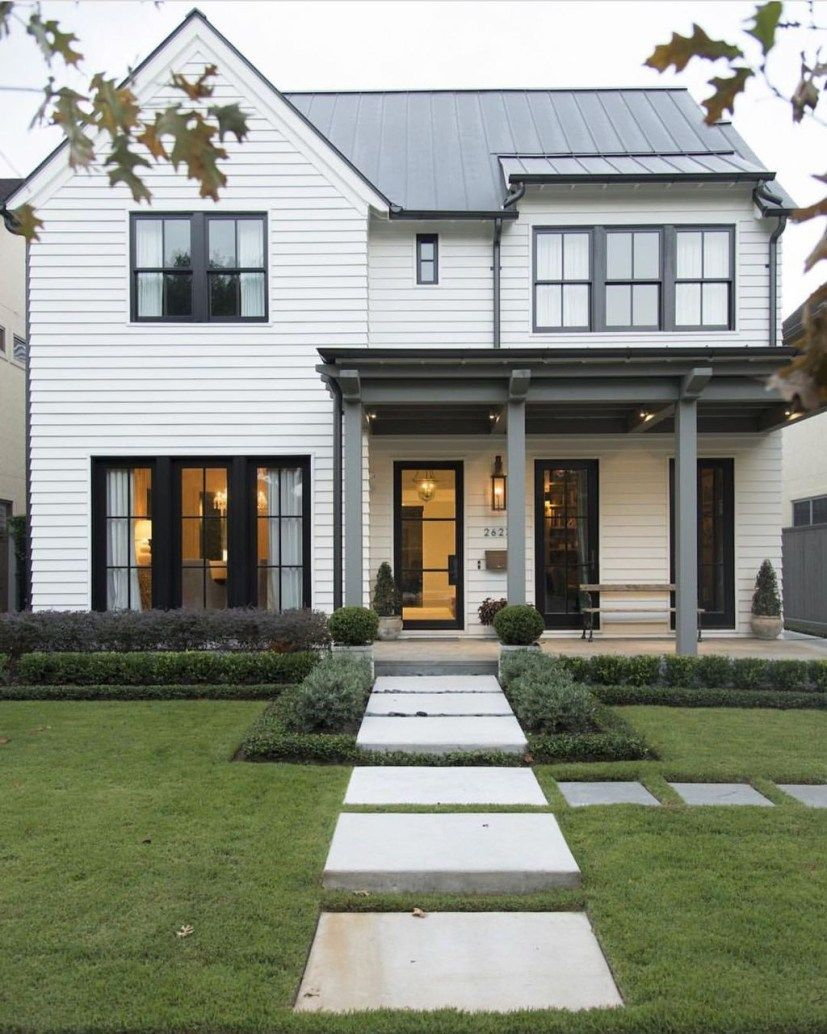 34 Inspiring Small Farmhouse Design Ideas To Style Up Your Home Trendehouse Modern Farmhouse Exterior White Exterior Houses Exterior House Colors