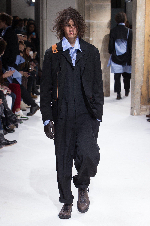 Yohji Yamamoto Fall 2017 Menswear Fashion Show Mens Winter Fashion Yohji Yamamoto Men Fashion Show
