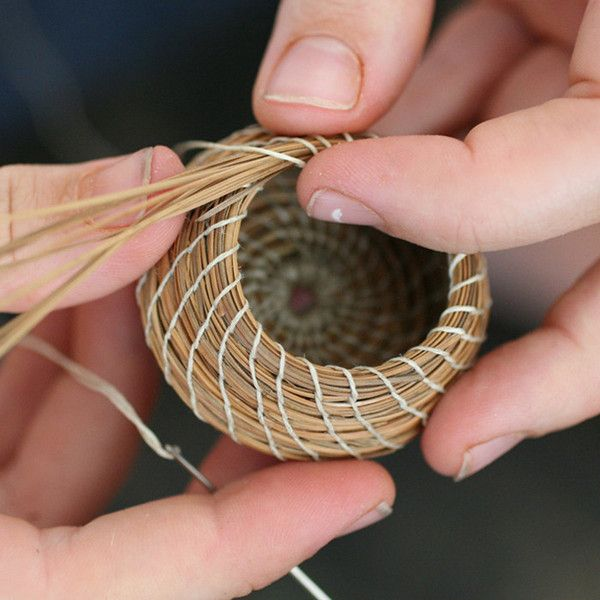 Basket Weaving Uses : Weaving with pine needles crafting diy center projects