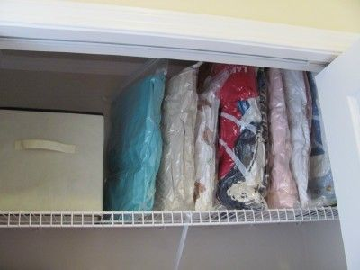 Addicted To Organizing Blogs Lately Need Some Emaker Storage Bags For Extra Blanket And Duvets So Much Easier