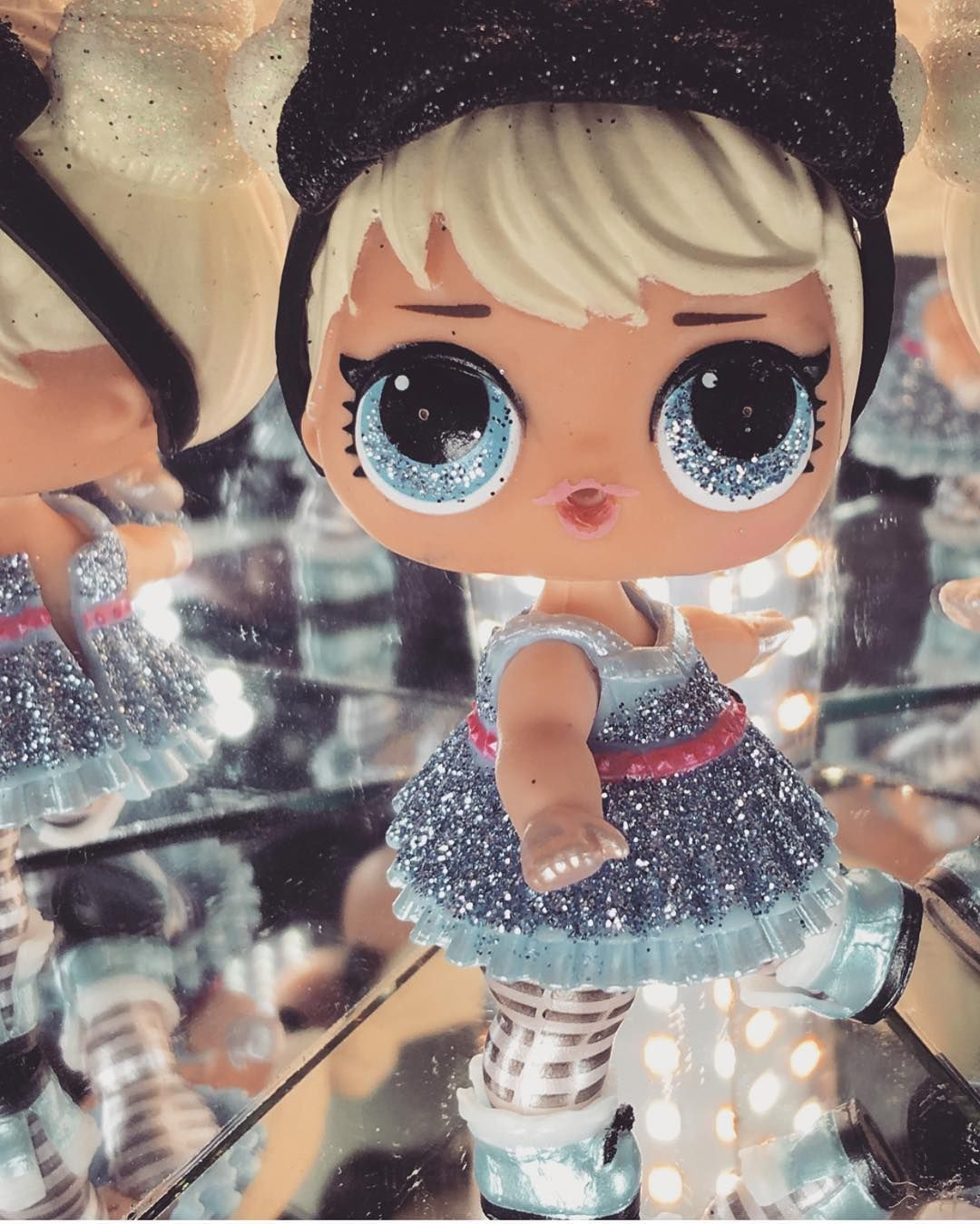Lol Surprise Dolls Glam Glitter Curious QT with outfit as pic Real L.O.L toy