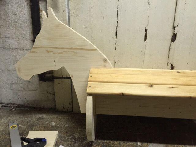 holzpferd selber bauen kinderzimmer pinterest wooden horse horses und pallet crafts. Black Bedroom Furniture Sets. Home Design Ideas