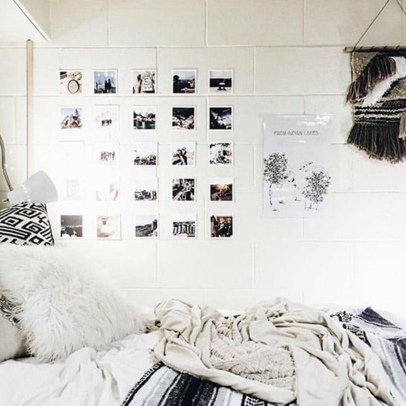 20 College Dorm Room Ideas To Channel Your Inner Minimalist With Minimalist Dorm Dorm Room Posters Dorm Inspiration