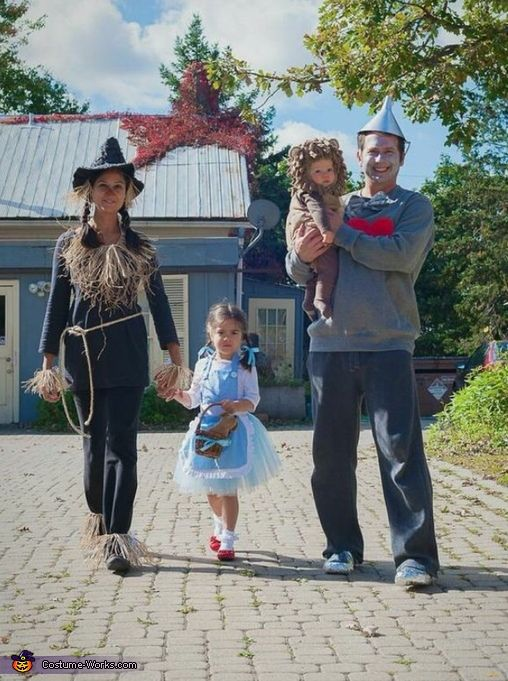 Wizard of Oz Family Costume Dr oz, Costumes and Family costumes - family halloween costume ideas with baby