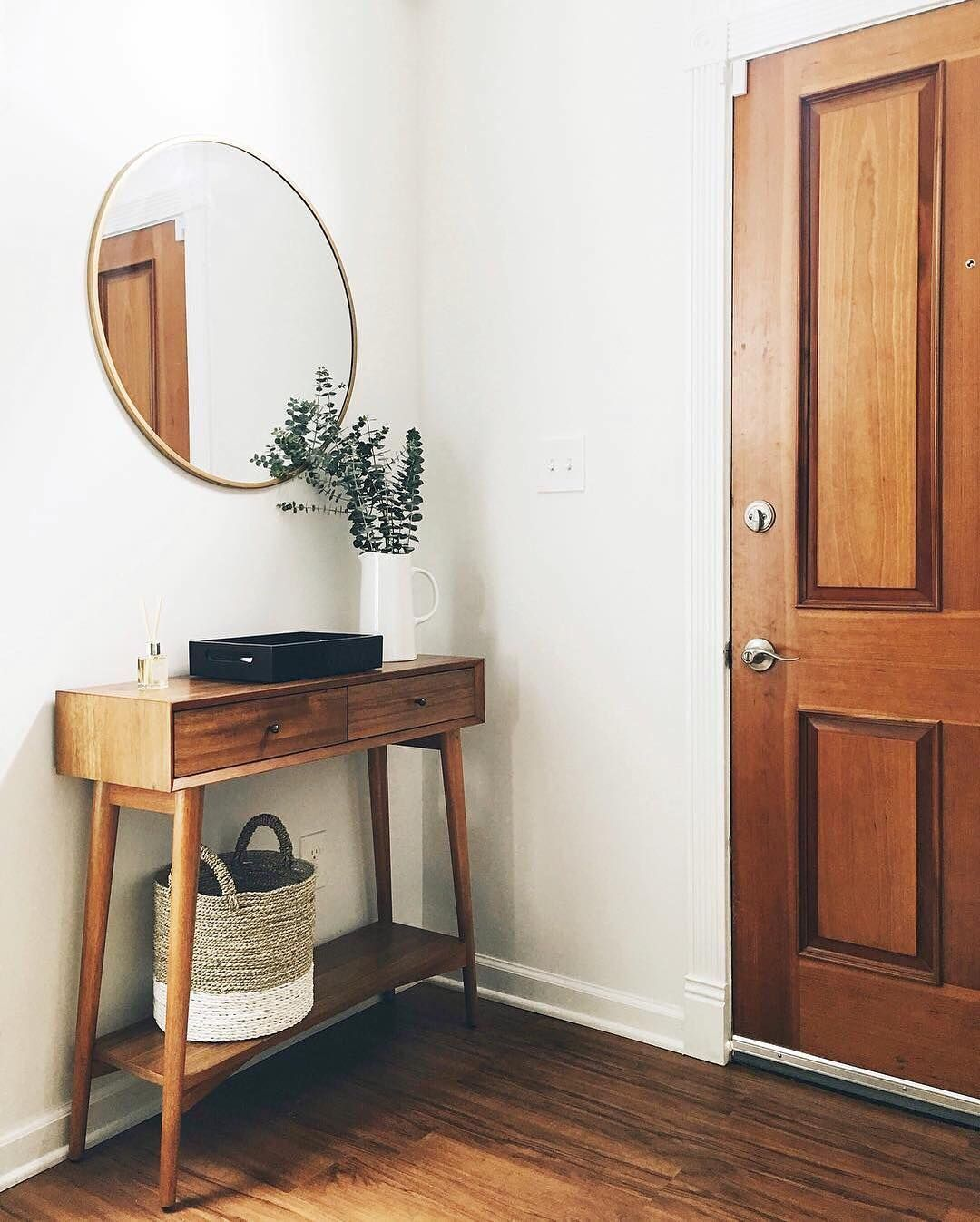 How to master a minimal mid century modern entryway
