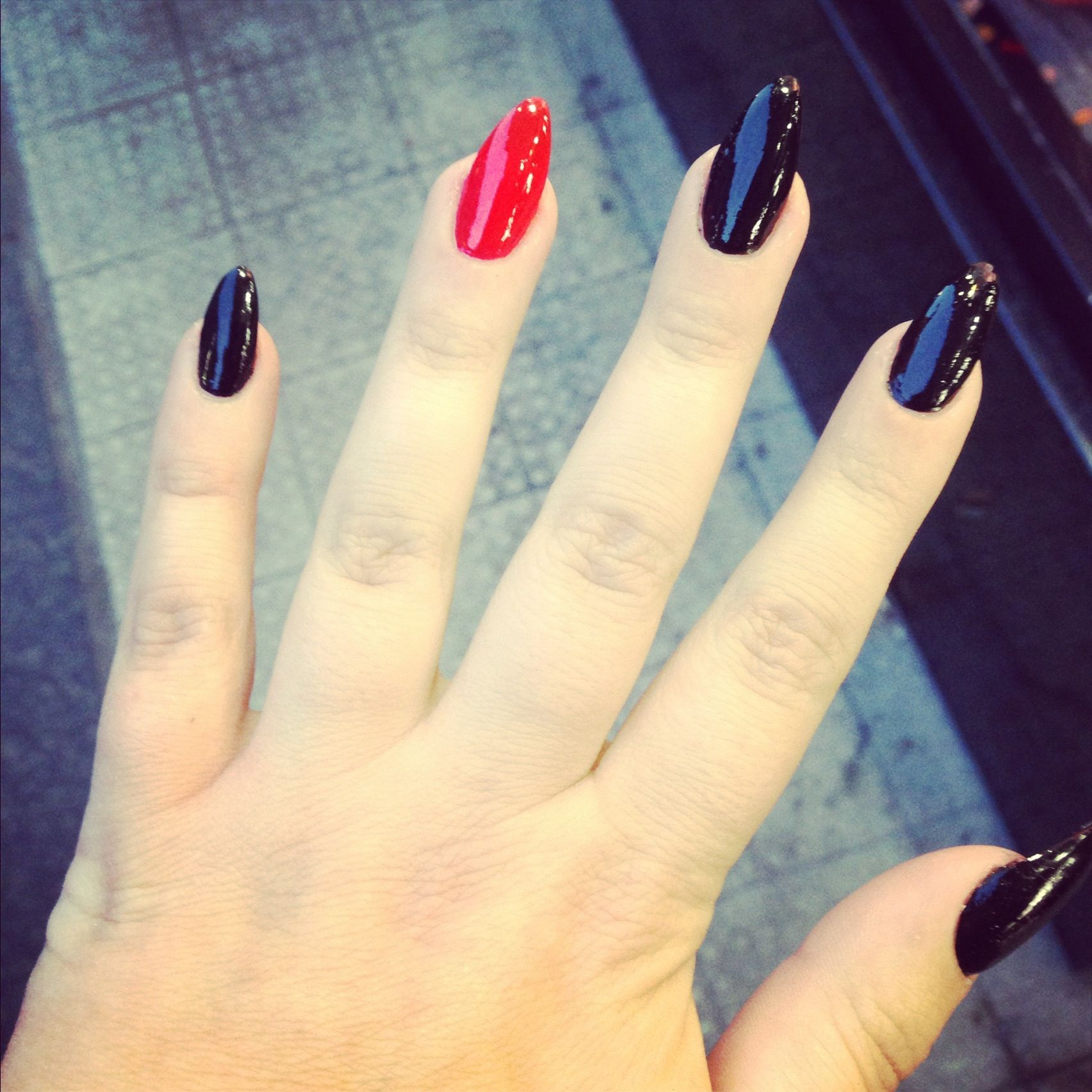 Pointy nails #pointy #nails #red #black | Sensational ...