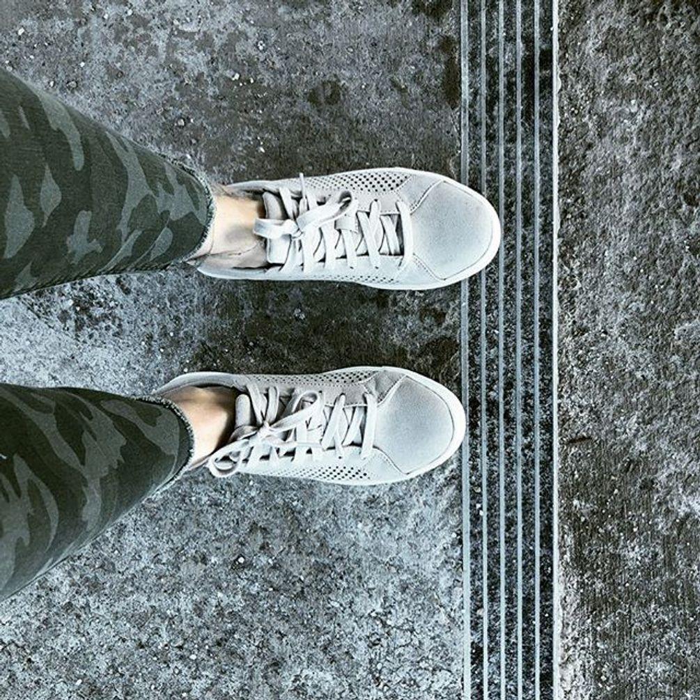 Platform sneakers, Sneakers, Casual