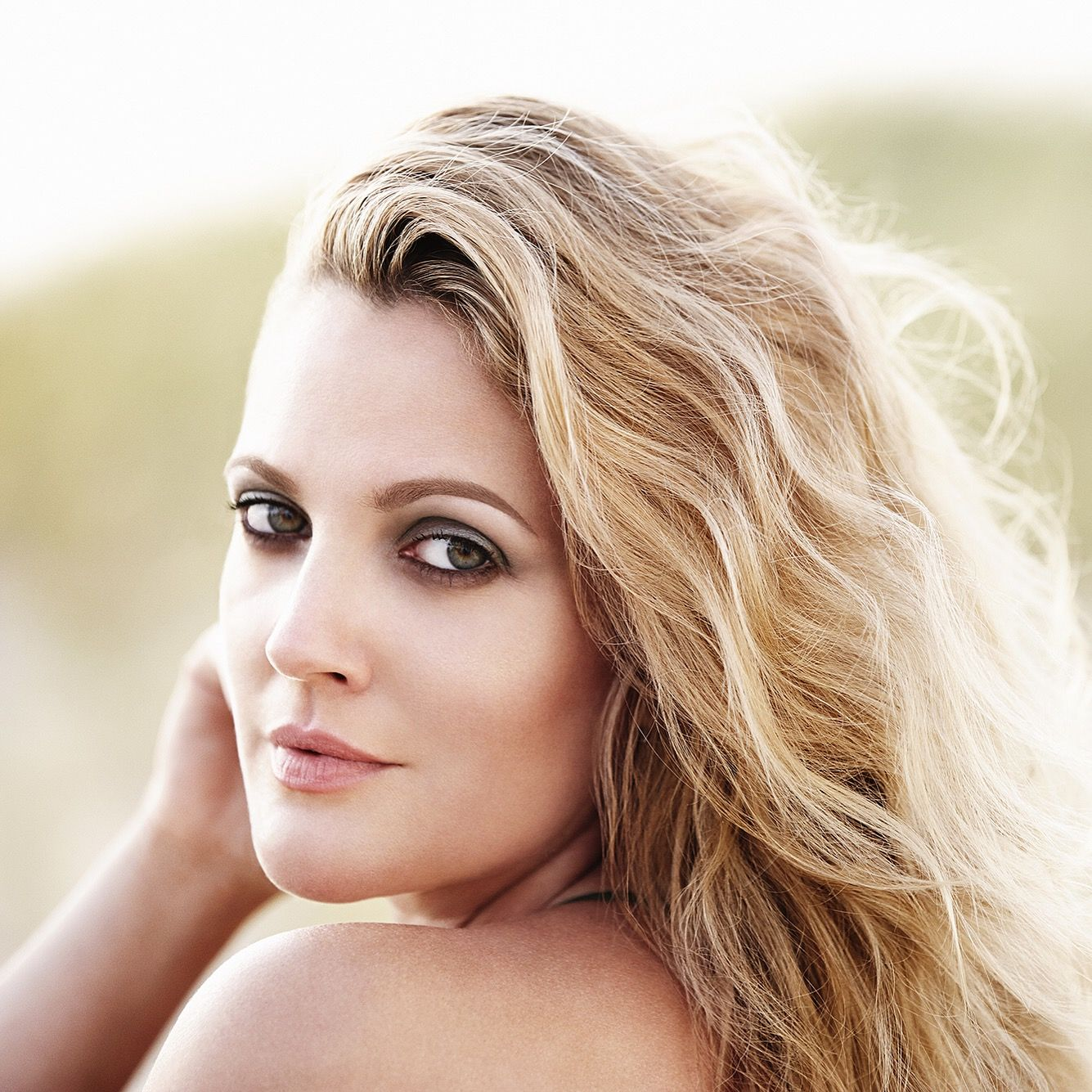 Brow Inspiration From Drew Barrymore Raise Some Brows With Flower