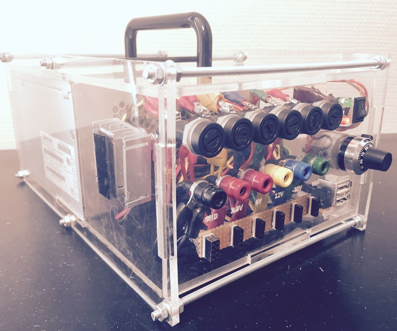 Variable ATX Bench Powersupply FabLab Edition Diy