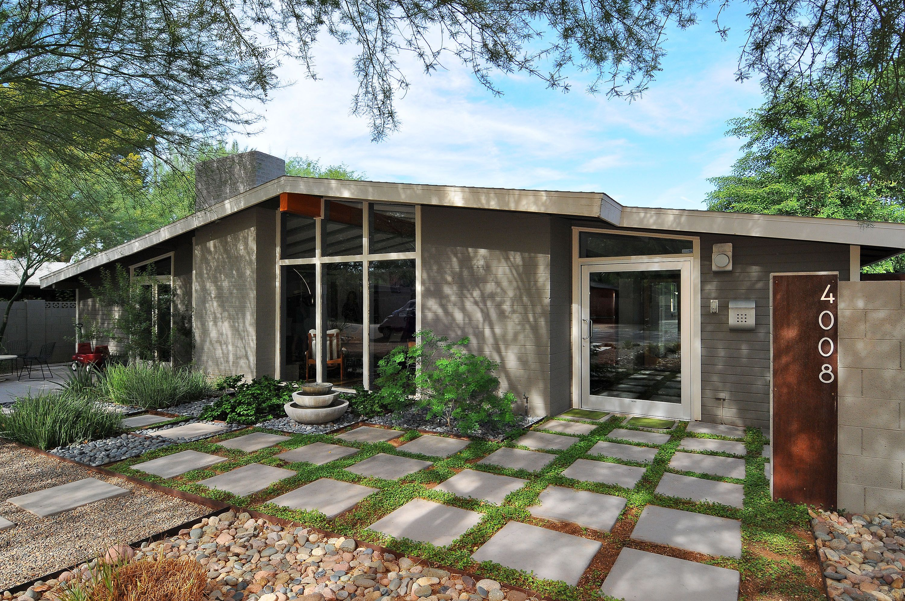 4008 N 45th Place Mid Century Modern House Exterior Mid