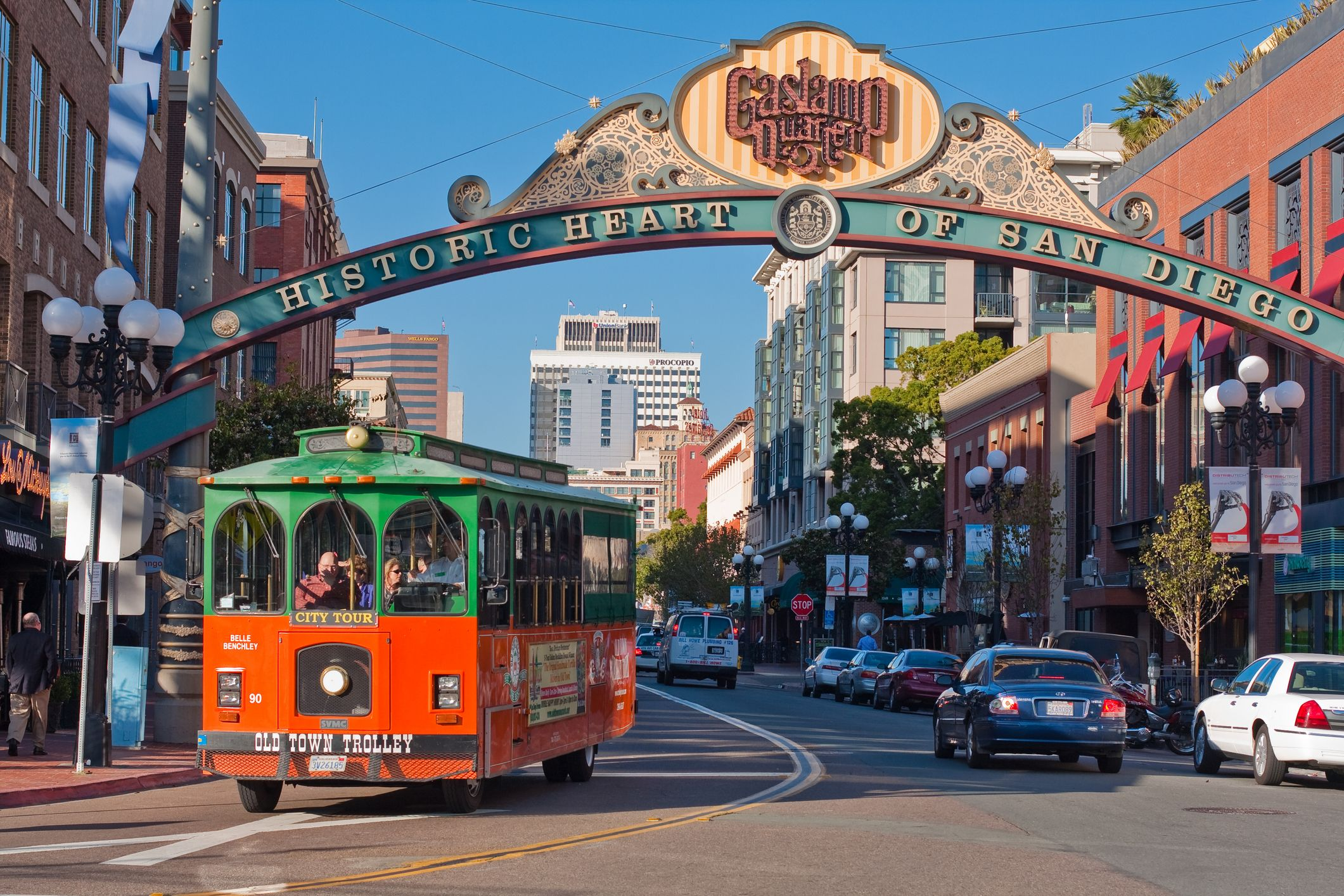 Gaslamp Quarter In Downtown San Go Just Minutes Away