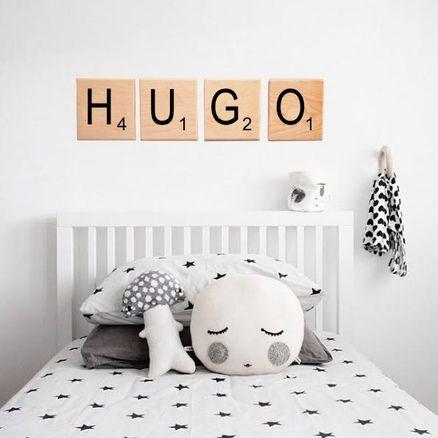 Hippe kinderkamer in Scandinavische stijl met Scrabble letters ...
