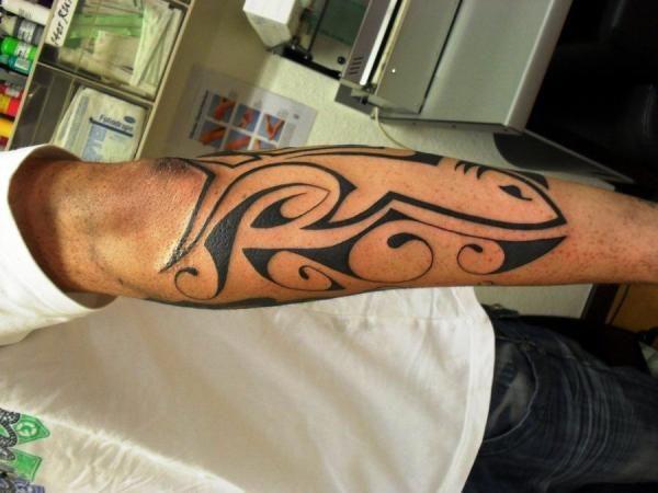Quality Tribal Arm Tattoo Designs: Beautiful Back Forearm Fish ...