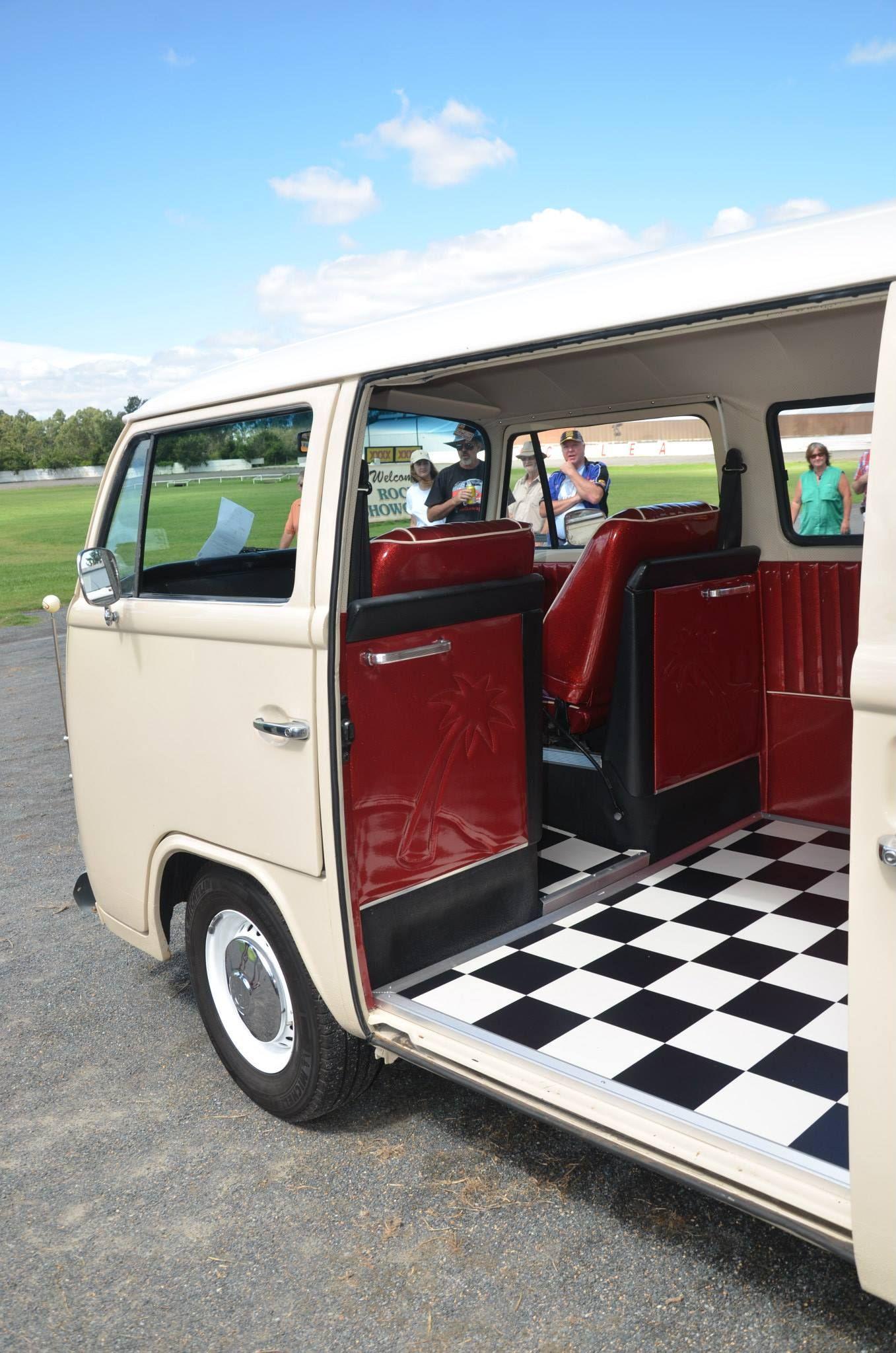 Early Bay Walkthru Passenger Em 2020 Volkswagen Kombi Kombi Personalizada Vans Personalizadas