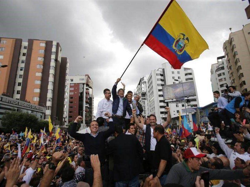 """Guillermo Lasso quiere acabar con el """"castrochavismo"""" en Ecuador"""