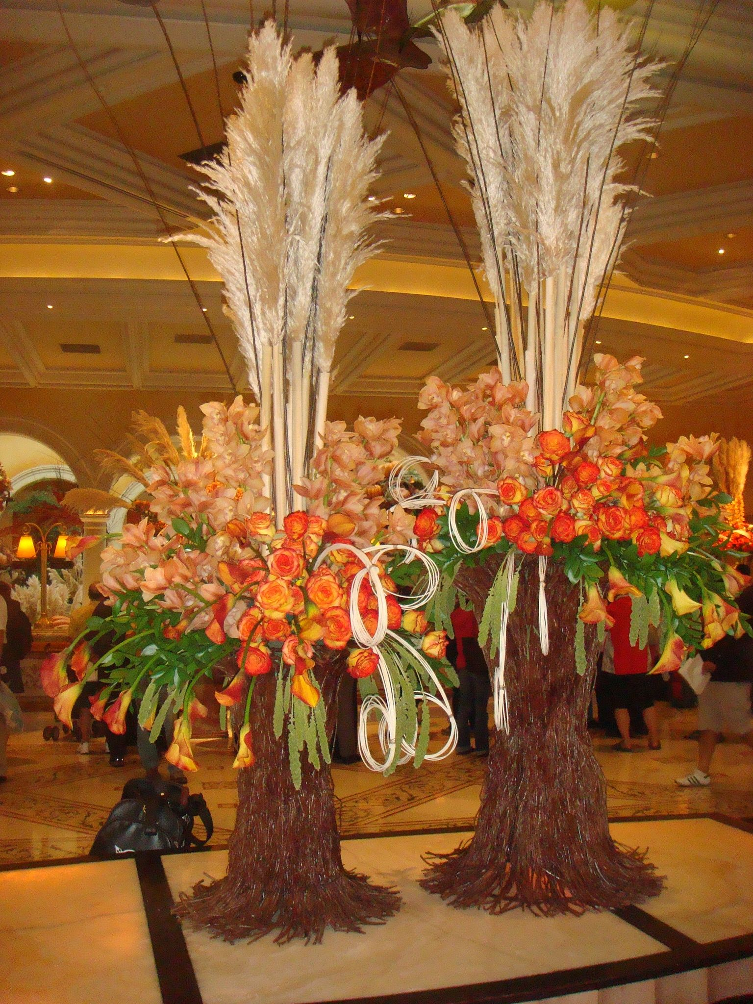 Fall wedding flower arrangement creative way for a