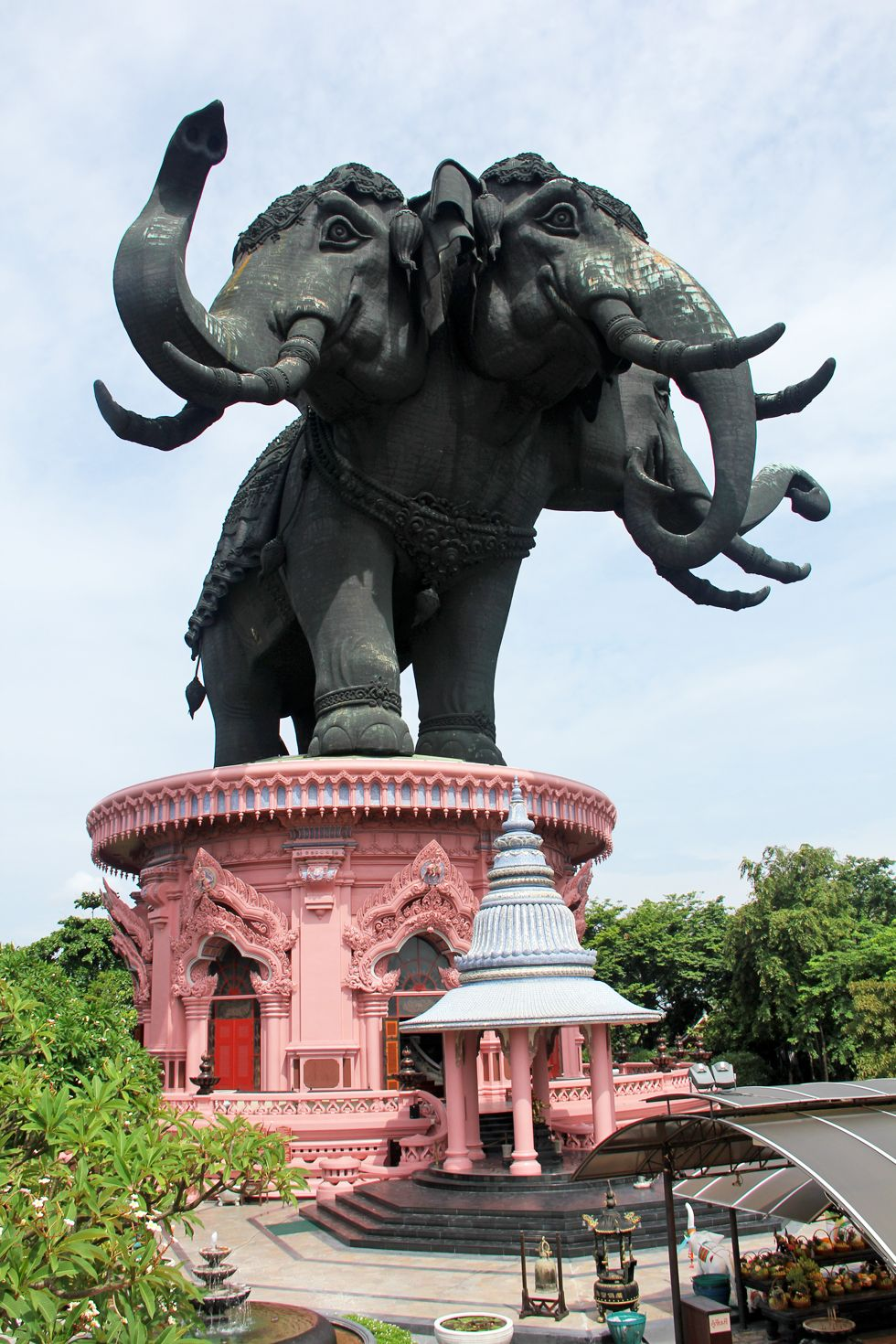 Giant elephants at the entrance to Erawan Museum in Bangkok, Samut Prakan, Thailand