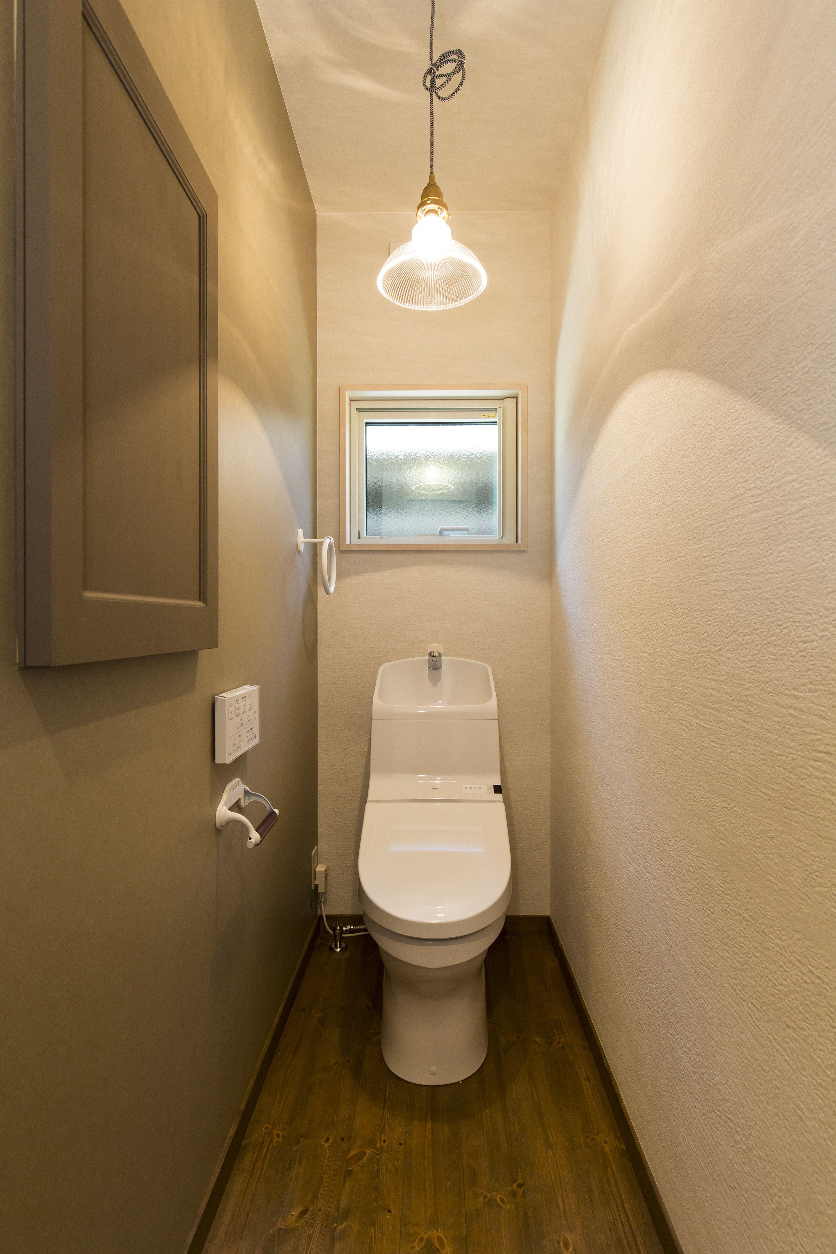 トイレ アクセントクロス トイレ収納 施工事例 Bino Freeq