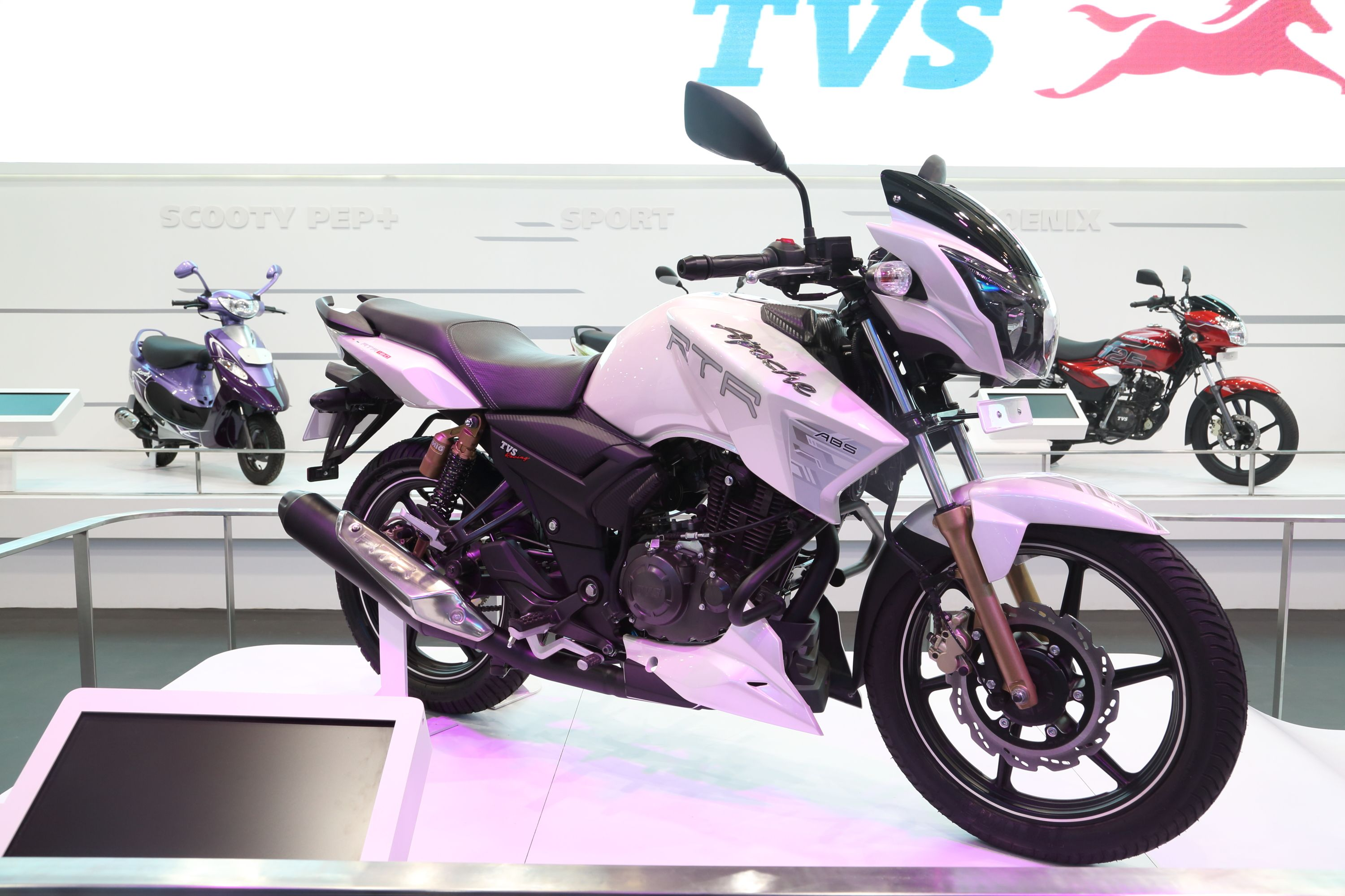 The beast tvs apache rtr 180 abs auto expo 2014