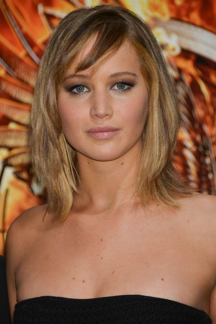 1001 + variantes de la coiffure carré avec frange | Carré plongeant frange, Cheveux blonds ...