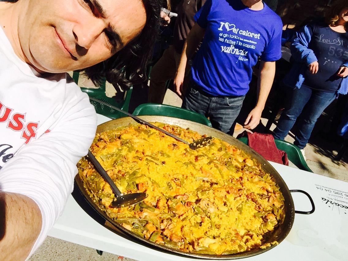 Paella en valencia ,... Fallas ,.. Cocinas sala ,.. | Paella