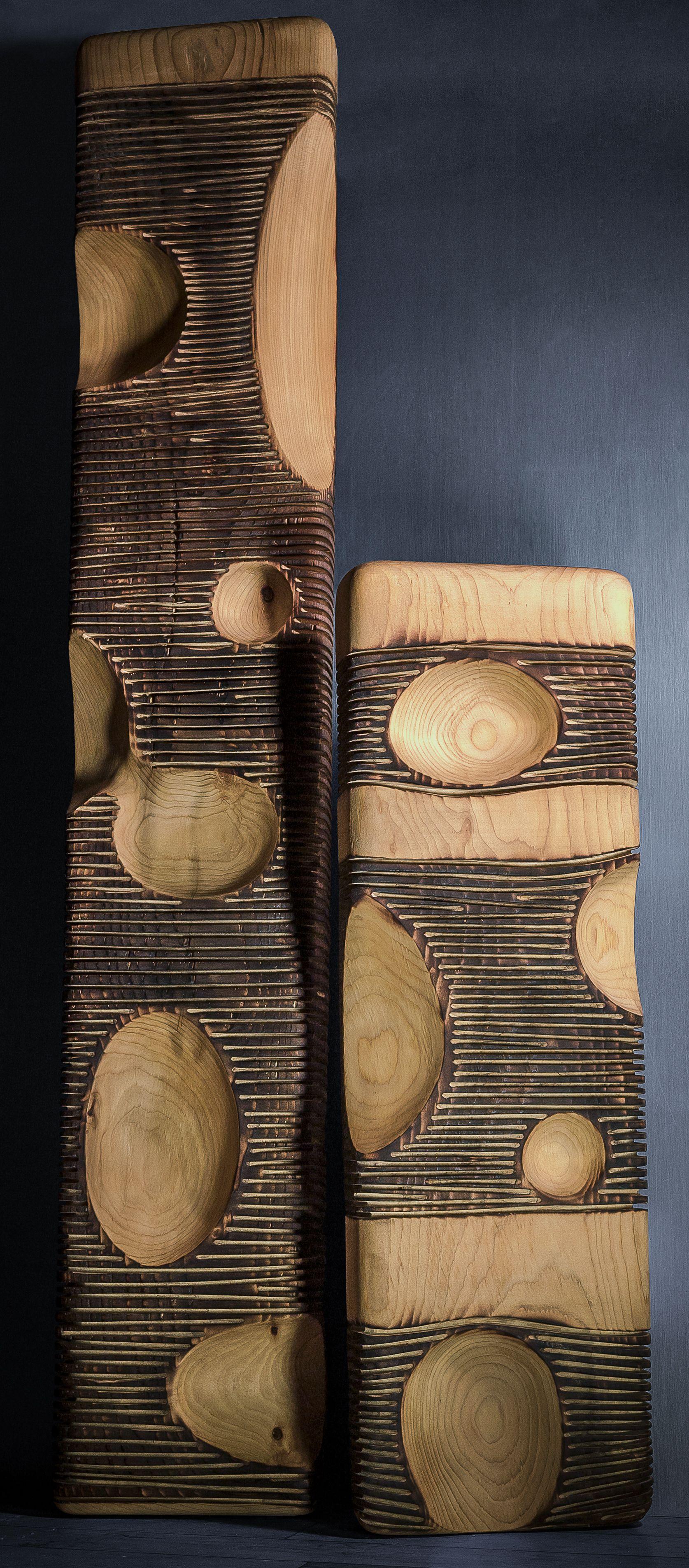 st phane derozier le cr ateur br le superficiellement le bois et cr e les motifs en enl vent. Black Bedroom Furniture Sets. Home Design Ideas