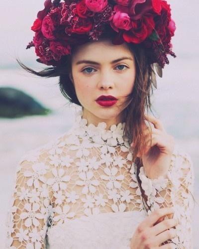 Strikingly boho with red lips #makeup #beauty